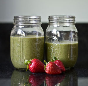 strawberry-green-smoothie
