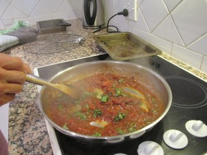 The sauce cooking